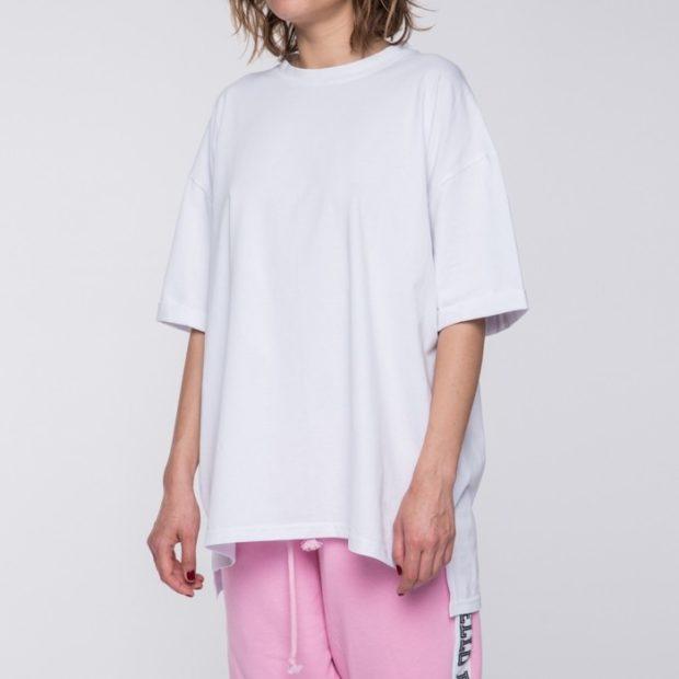 футболки 2019: оверсайз белая