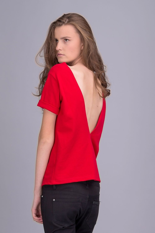 футболки 2019 женские фото: с открытой спиной красная