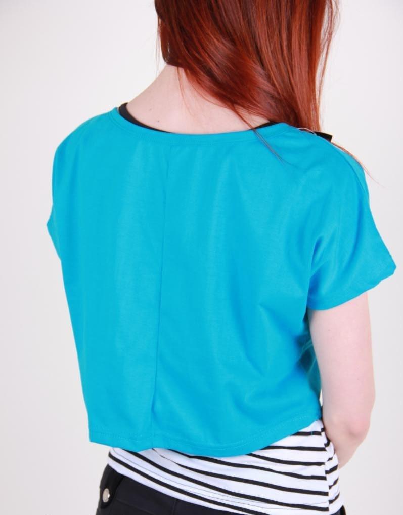 модные футболки 2019 женские: двойка синяя с полосатым