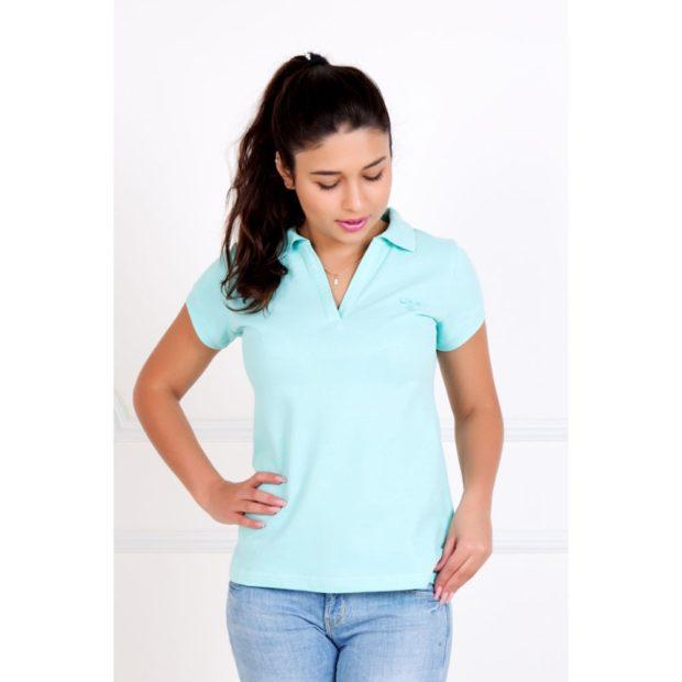 модные футболки 2019 фото: поло голубая