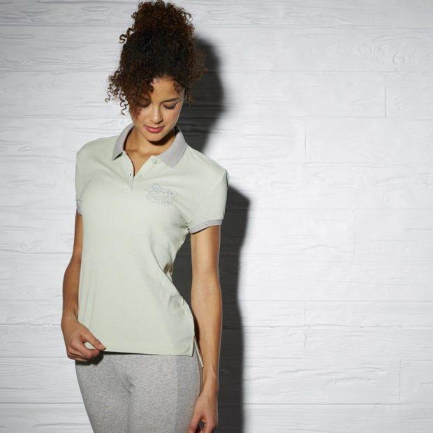 модные футболки 2019 фото: поло серая