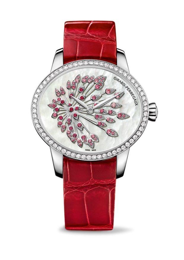 модные часы женские 2018-2019: с красным ремнем циферблат декорирован