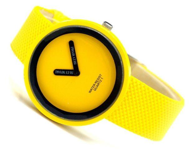 модные часы женские 2018-2019: желтые круглые ремень каучук