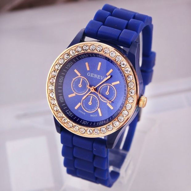 модные часы женские 2019-2020: синие ремень каучук
