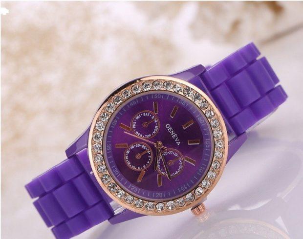 модные часы женские 2020: фиолетовые золотой циферблат