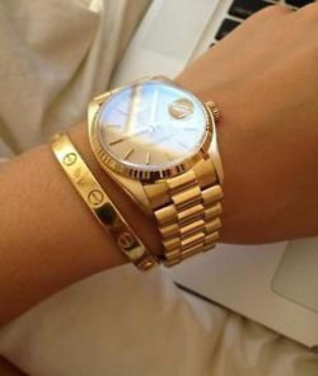 модные часы женские 2020: с золотым ремешком