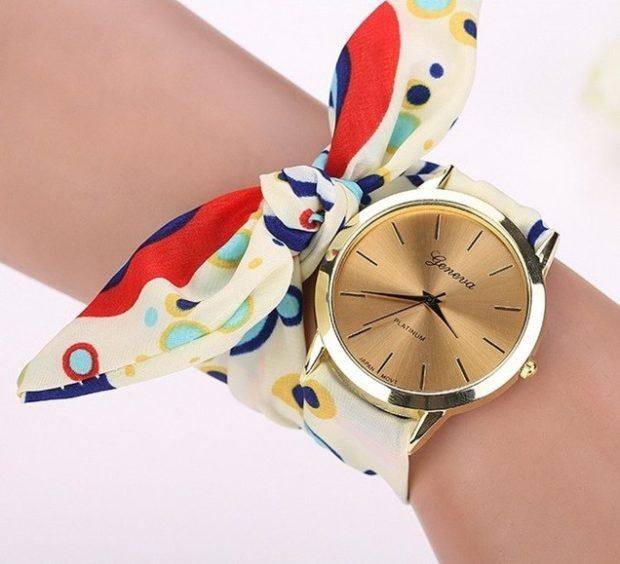 женские часы: круглые ремешок платок