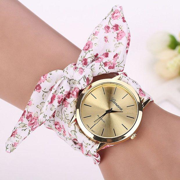 женские часы: с платком-ремешком в розовые цветки