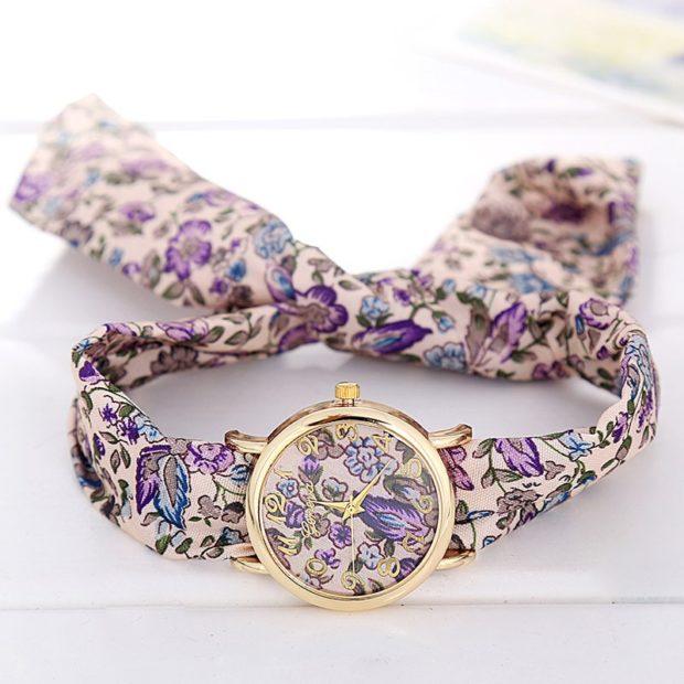 женские часы: с платком-ремешком в яркие цветки