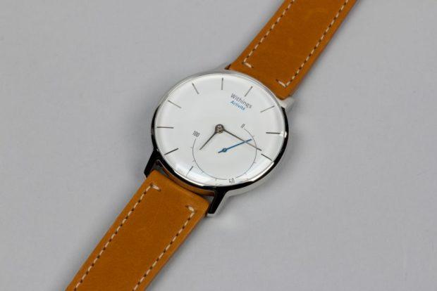 женские часы: классика коричневые