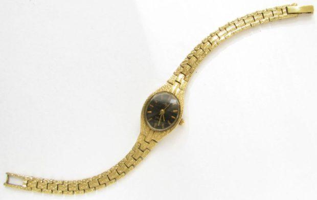 женские часы: золотые классика