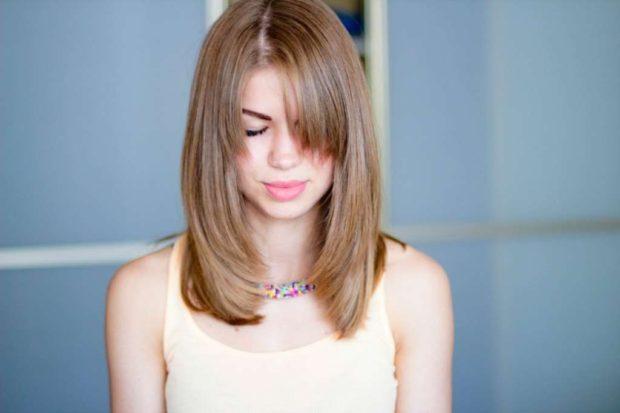 женская стрижка каре средняя длина волос с челкой 2018