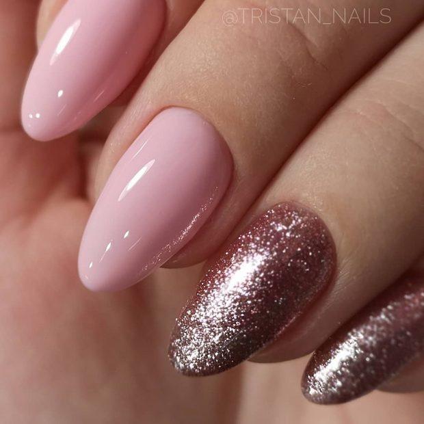 Модный дизайн ногтей шеллак 2019-2020: розовый