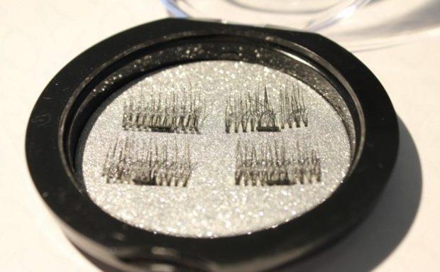 set of eyelashes magnetic overhead