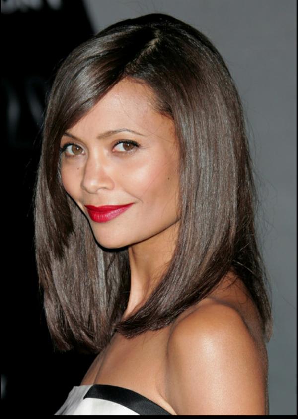 красивая стрижка на средние волосы 2018 женские. Не требующие укладки