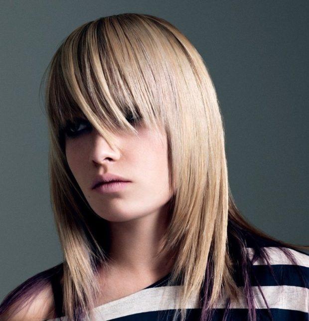 тренды укладки волос: каскад с косой челкой