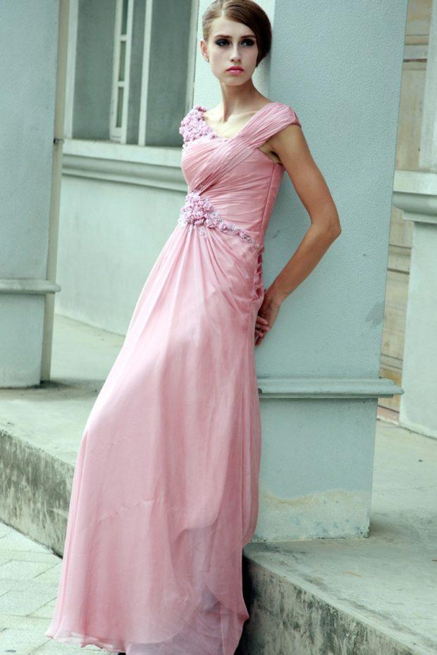 вечерние платья 2019-2020 фото новинки: розовое в пол без рукава мода