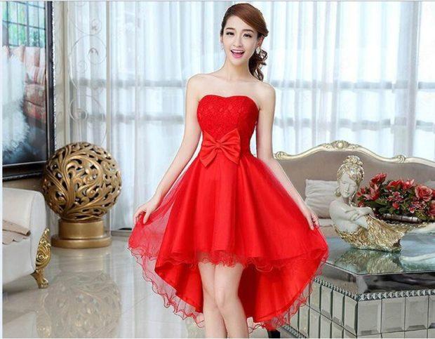 новые вечерние платья 2019-2020: красное маллет короткое бюстье с бантом