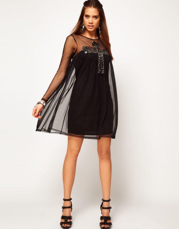 новинки вечерних платьев 2019-2020: стильное прозрачное черное с прозрачной накидкой
