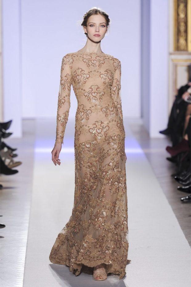 вечерние платья мода 2019-2020: бежевое длинное рукав прозрачный новинки тренды