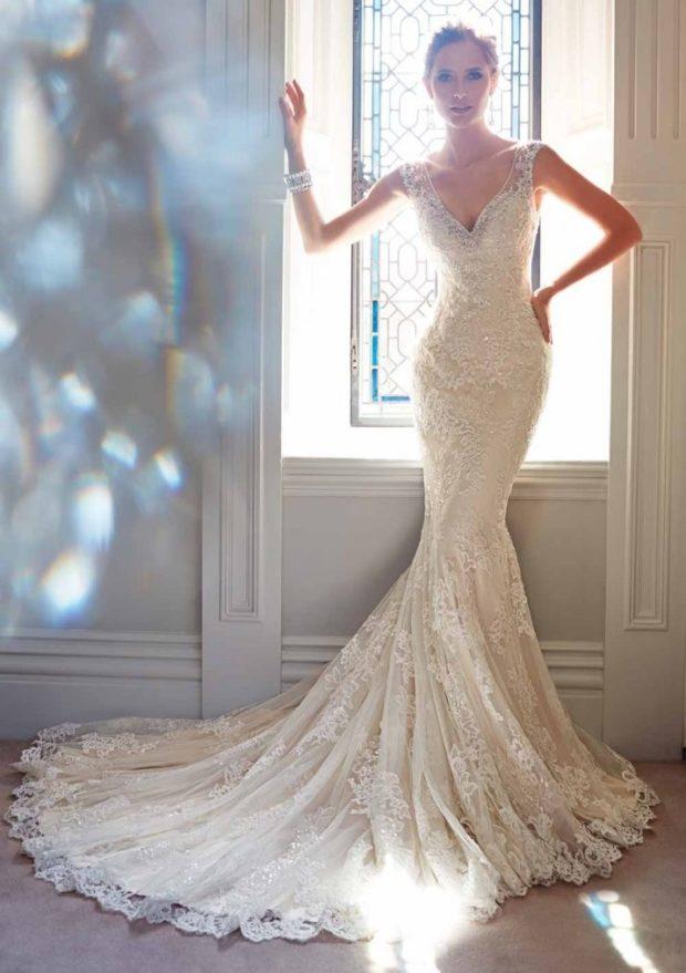 вечерние платья: русалка белое без рукава с вырезом года новинки
