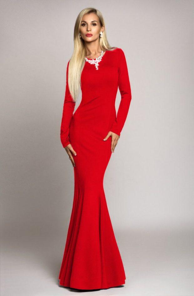 вечерние платья: русалка красное с длинным рукавом