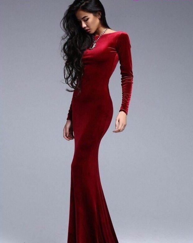 вечерние платья 2019-2020: рукав длинный в пол красное бархат