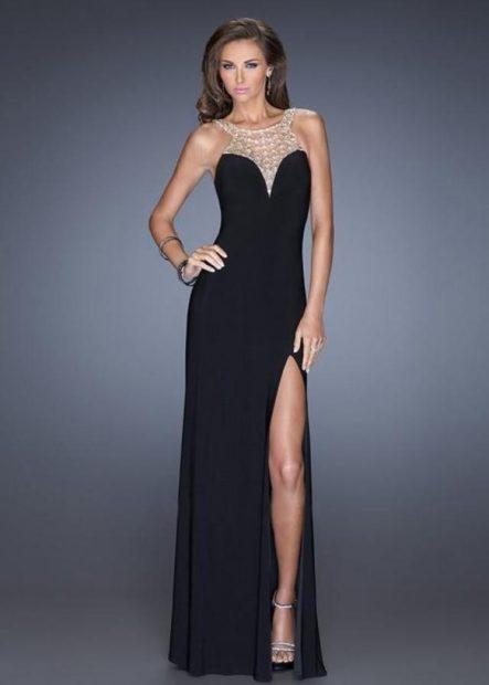 вечерние платья 2018 2019 модные тенденции: черное длинное бюстье
