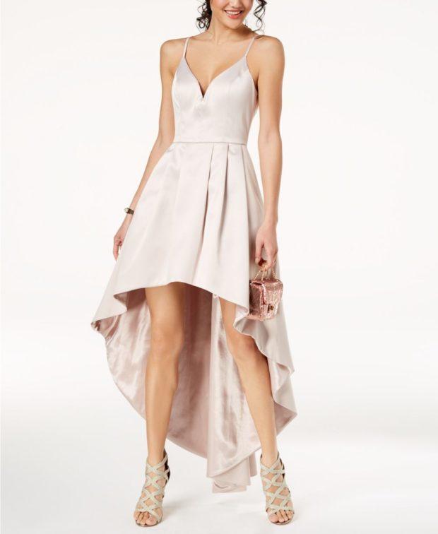 вечернее платье: маллет бежевое