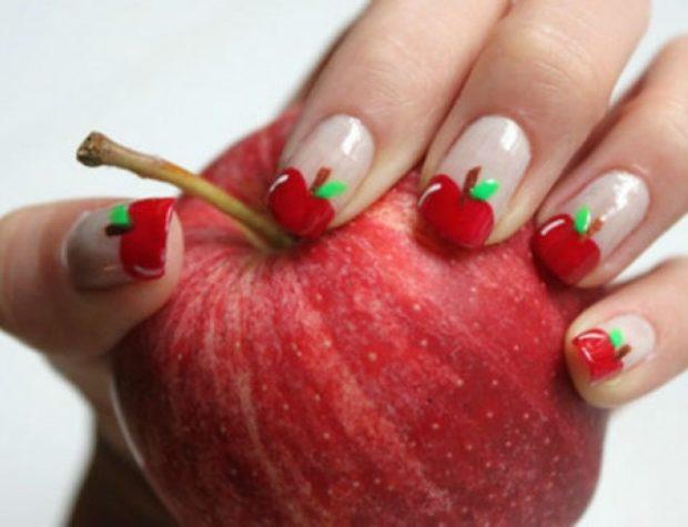 фруктовый маникюр вишни