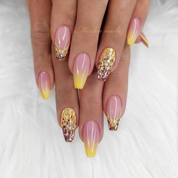 омбре розовый с желтым с узорами