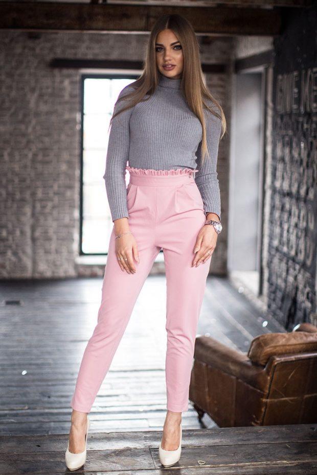 мода в одежде: розовые штаны с высокой талией