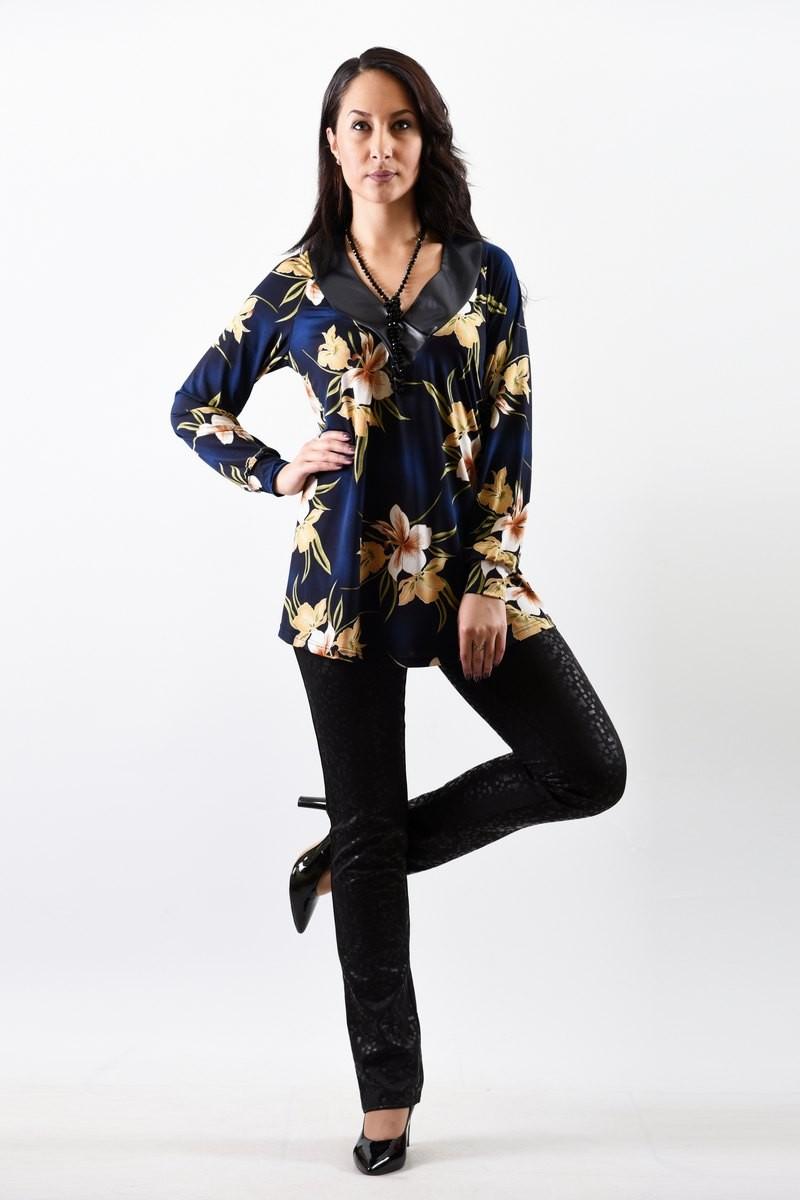 блузка синяя шелковая в цветы