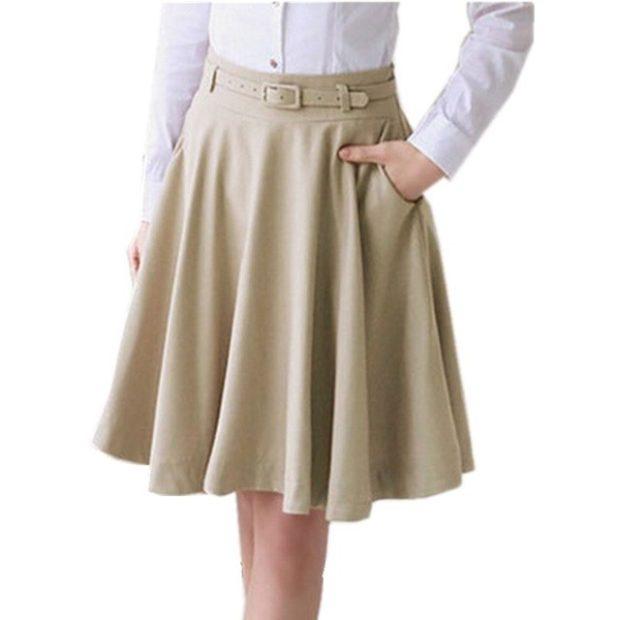 бежевая юбка воланами по колено