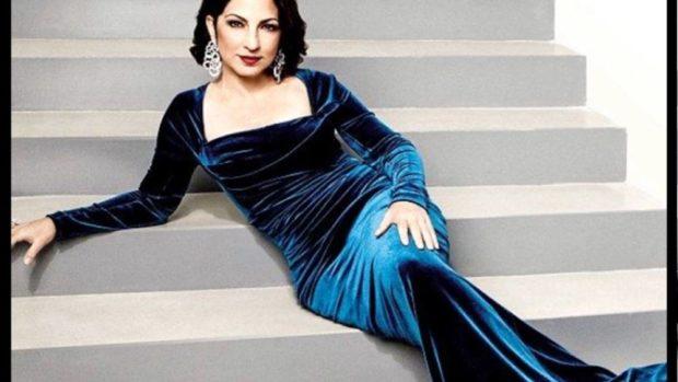 голубое платье бархатное длинное