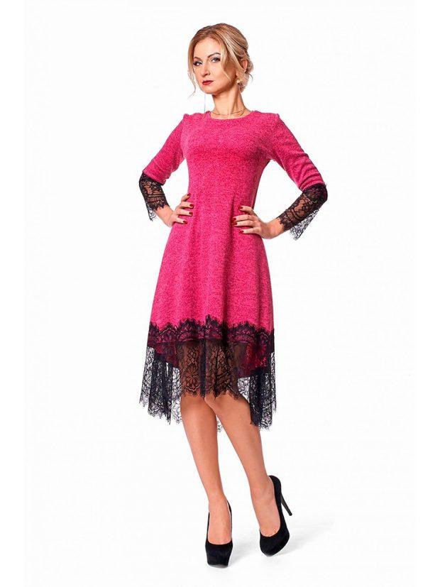 розовое платье с черными кружевами