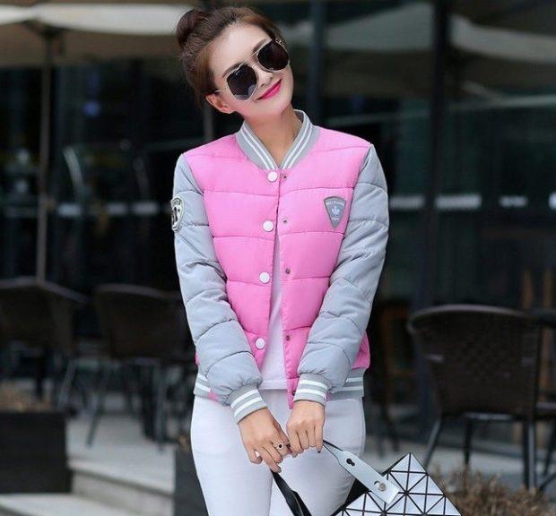 белые штаны под куртку серую с розовым