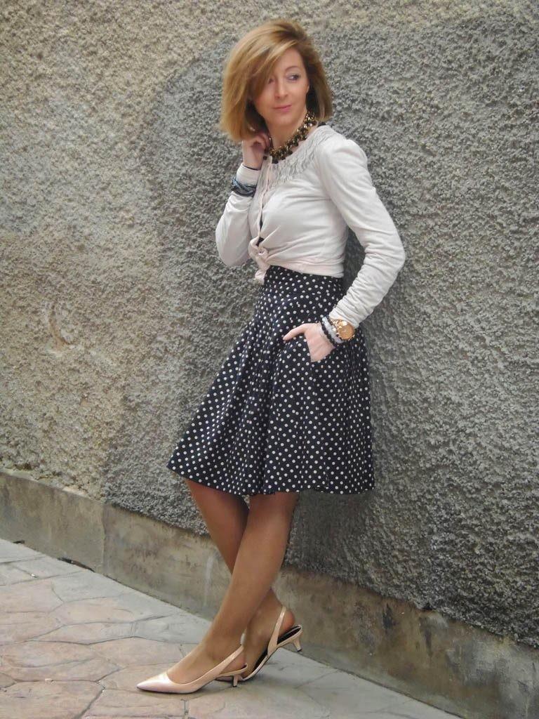 юбка черная в белый горох под кофточку белую