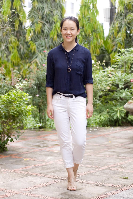 брюки белые короткие под синюю блузку