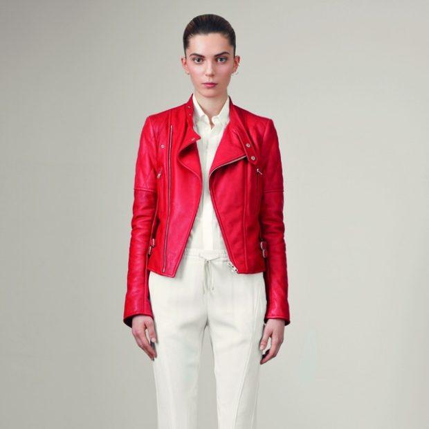 белые брюки под белую блузку кожаную куртку