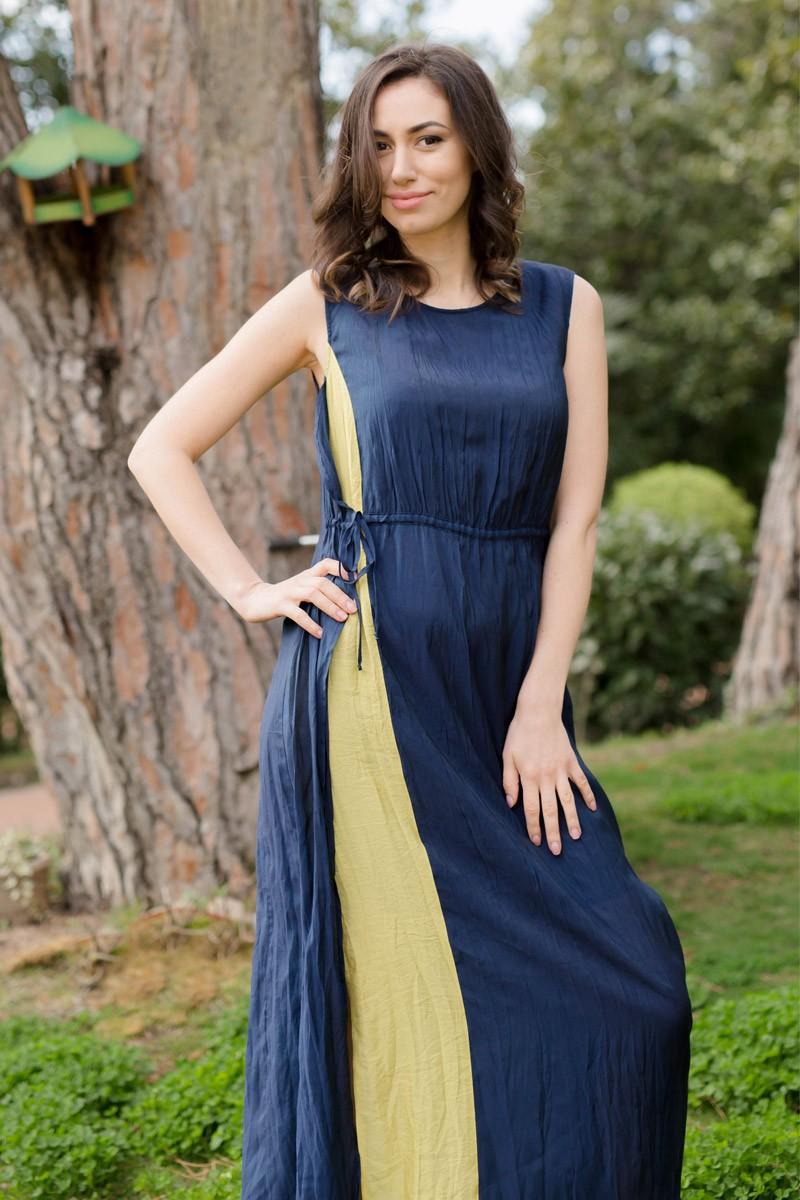 синее с желтым длинное платье длина макси