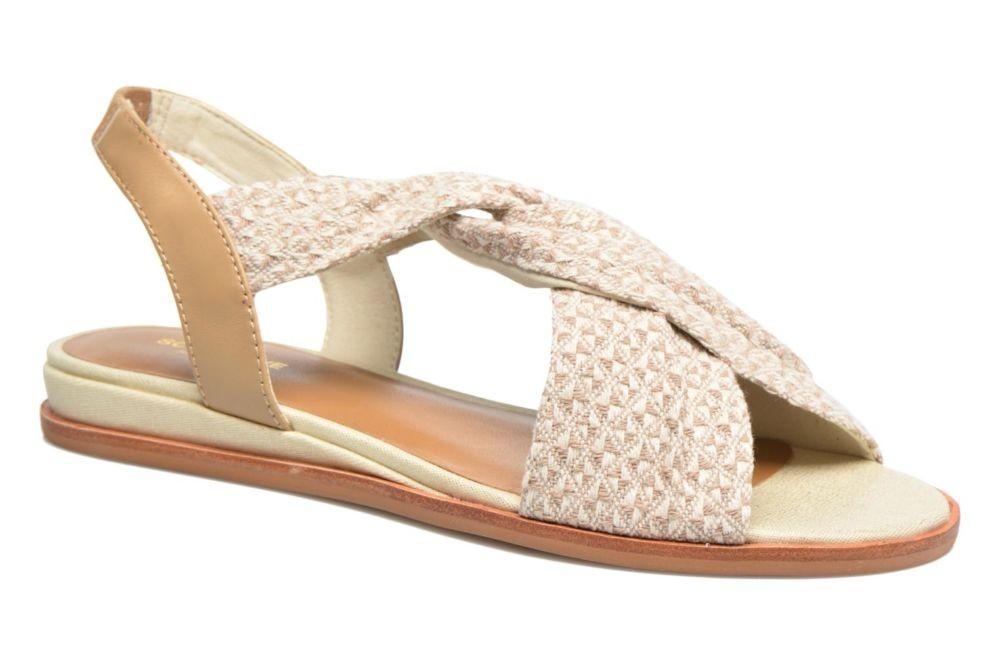 светлые сандалии из ткани
