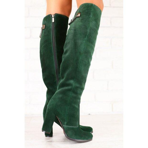 ботфорты зеленые замшевые на каблуке