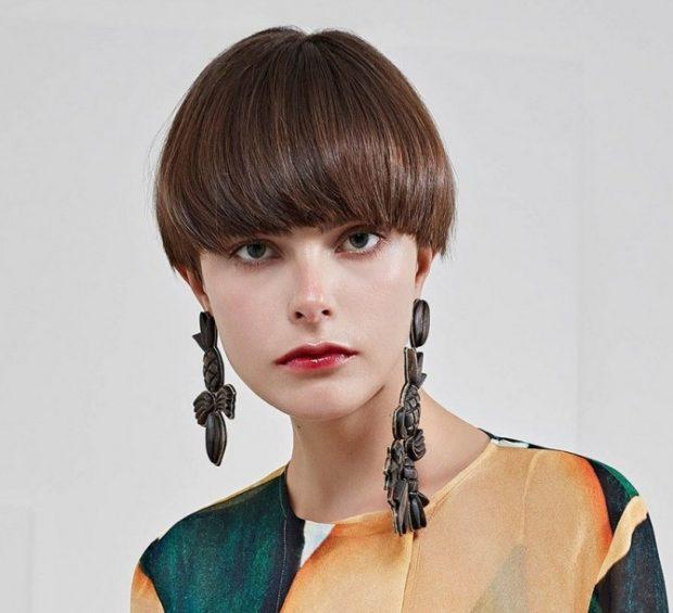 модные стрижки 2018 фото: шапочка классический вариант