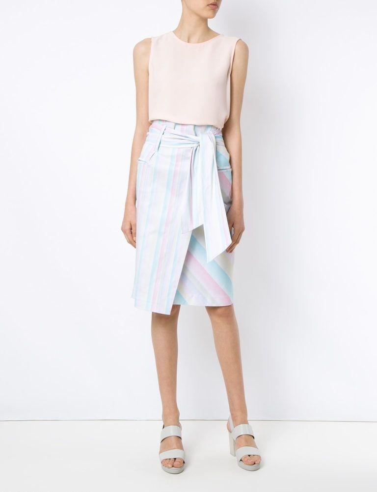 юбка светлая в полоску с запахом