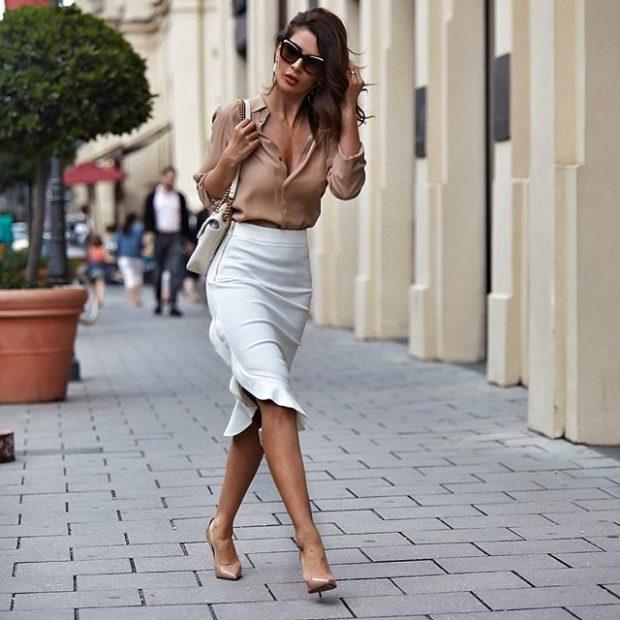 юбка-карандаш белая под блузку бежевую
