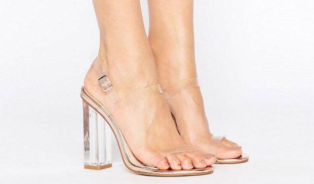 прозрачные босоножки на каблуке