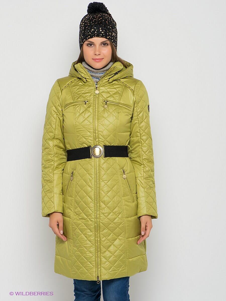 стеганное болоньевое пальто оливкового цвета