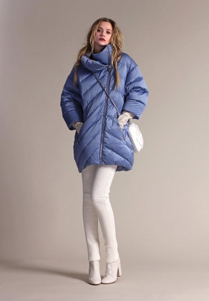 синее пальто на синтепоне с воротником стойкой
