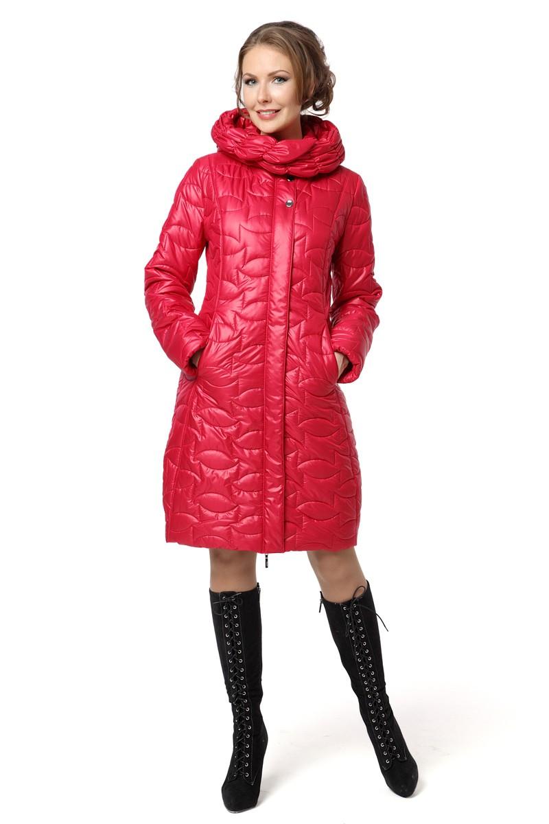 красное пальто на синтепоне до колена